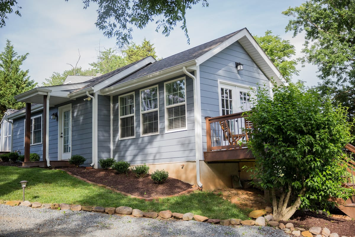 Private Airbnb Charlottesville Cottage near Downtown:UVA