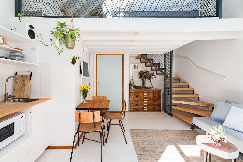 Stylish Airbnb in Melbourne Australia