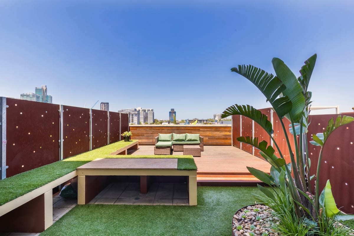 best airbnb melbourne with terrace