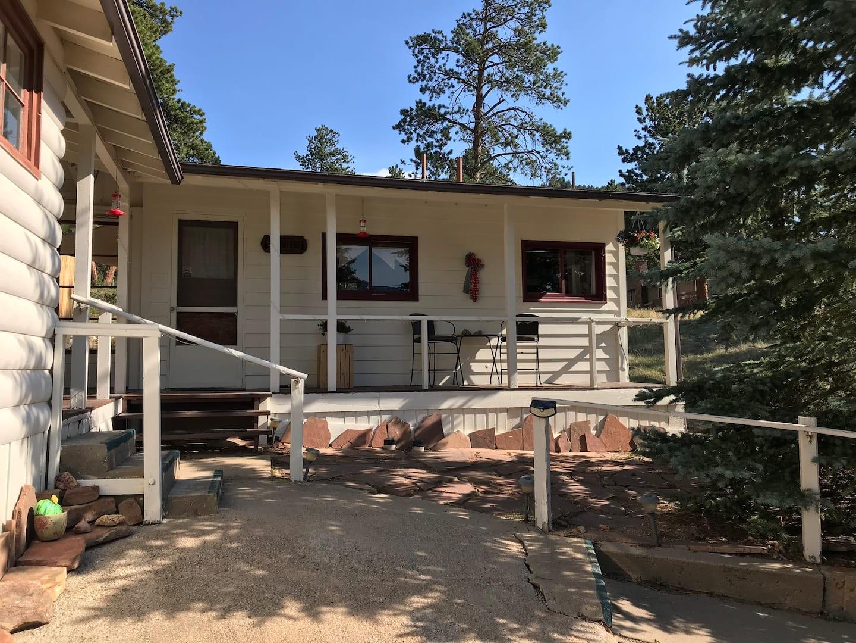 Airbnb Estes Park Cabin