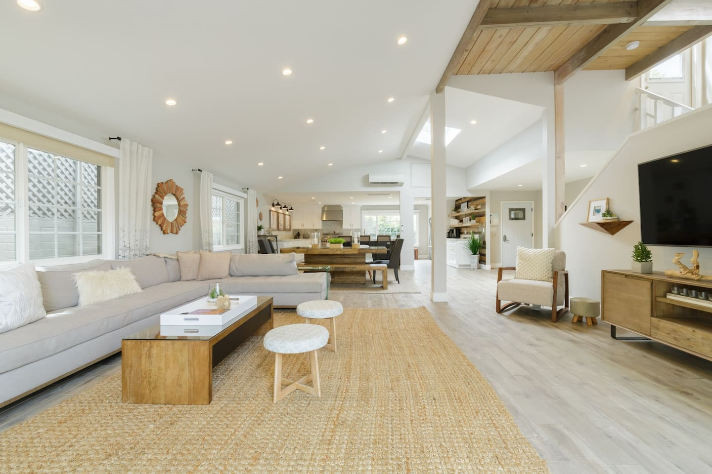 Airbnb LaJolla for Groups