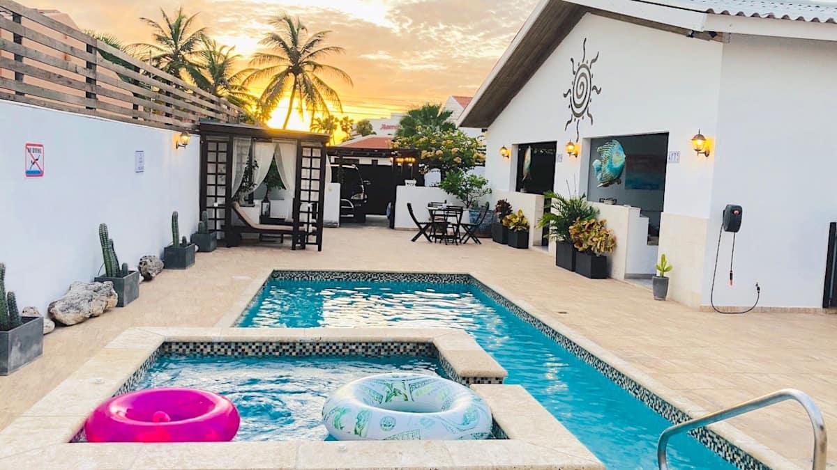Airbnb Palm Beach Aruba Lagunita with Pool