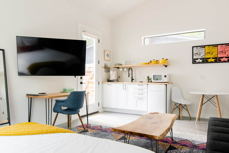 Airbnb Texas