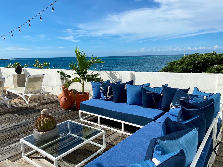 Beachfront-Airbnb-Aruba-Villa