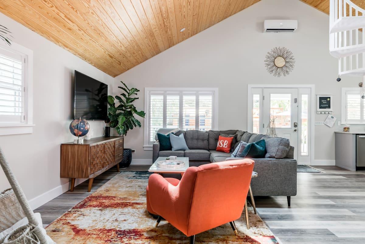 Best Airbnb Daytona Beach Florida