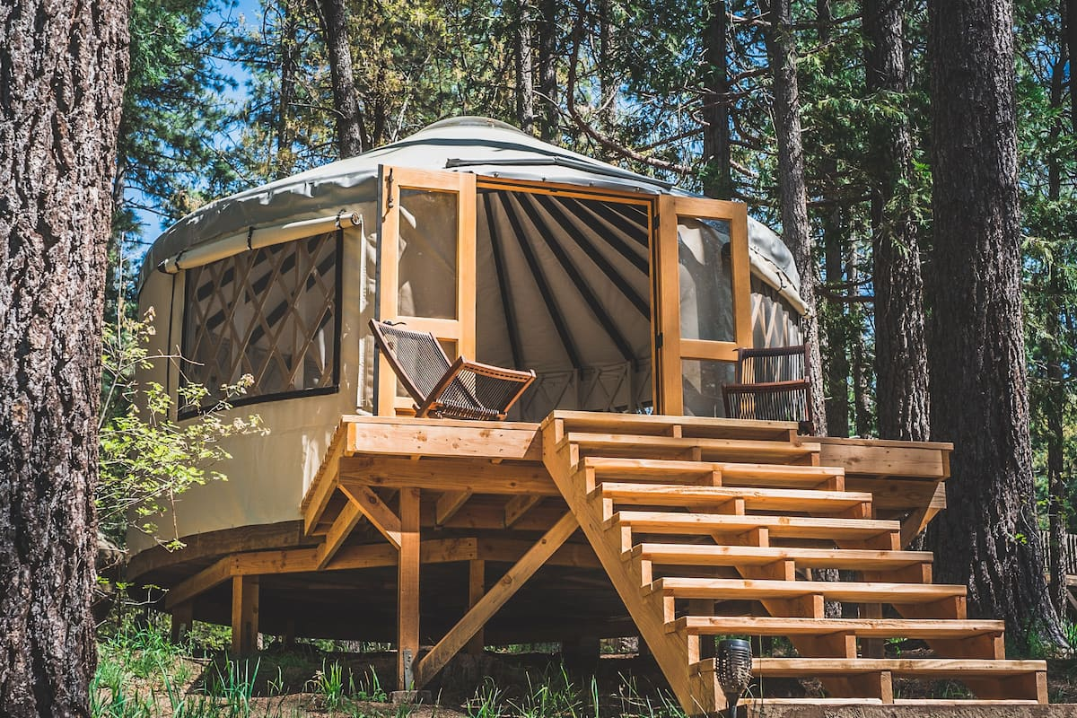 Best Airbnb Palm Springs for Glamping
