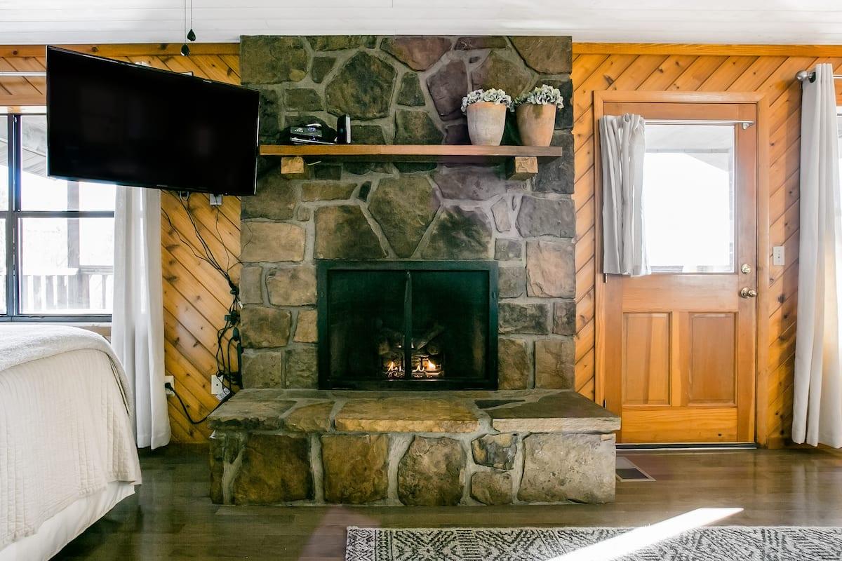 Cabin Airbnb in Gatlinburg TN