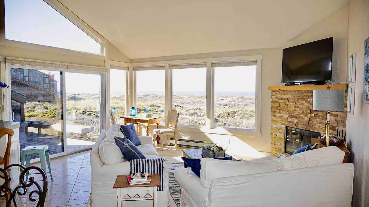 Cheap Airbnb Monterey