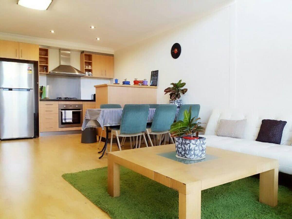 Chic Apartment Airbnb Perth