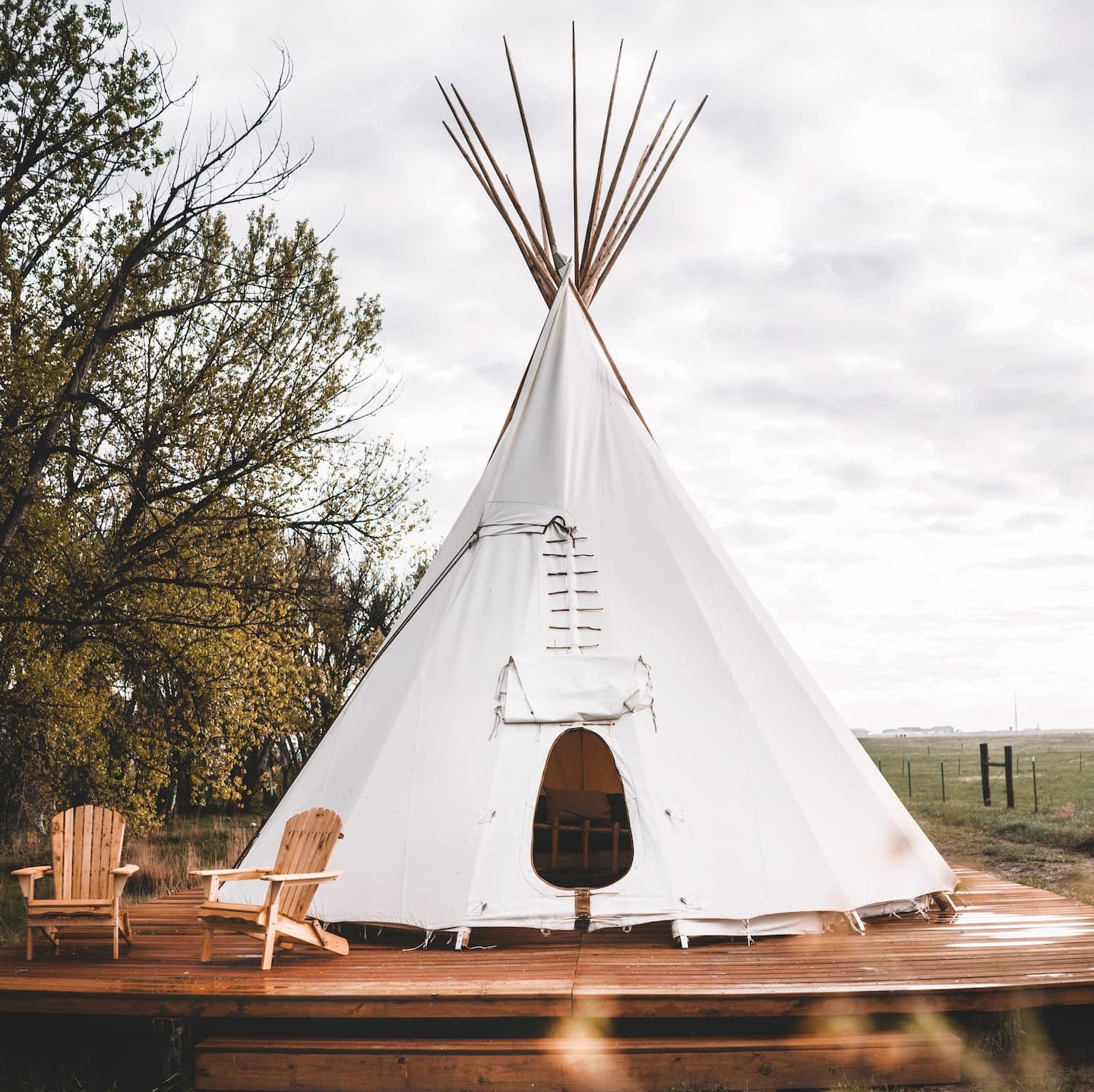 Creekside Glamping Teepee- Unique Airbnb Colorado