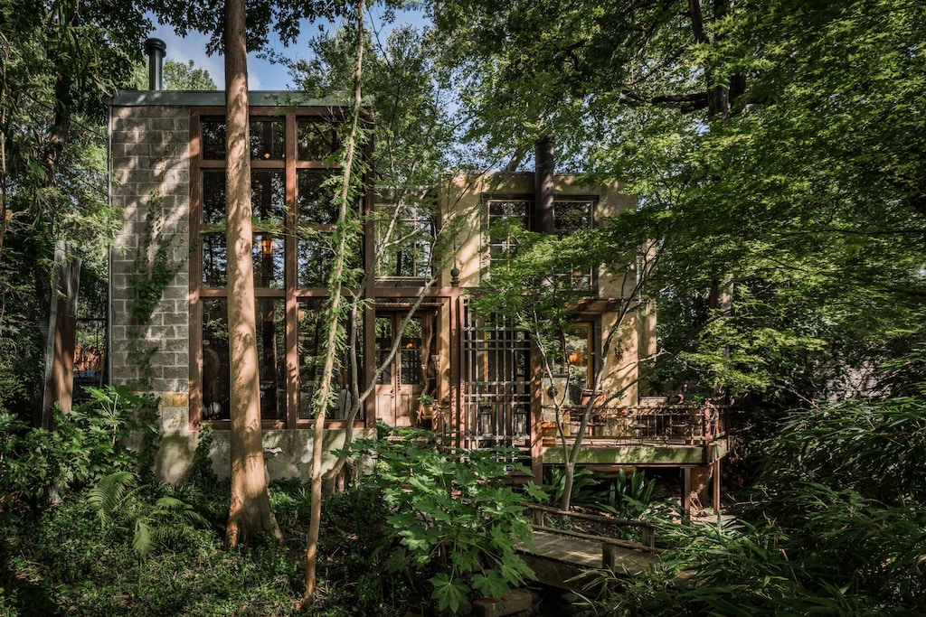 Dallas Treehouse Airbnb