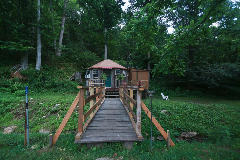 Holmes-Farm-Yurt-Glamping-Asheville