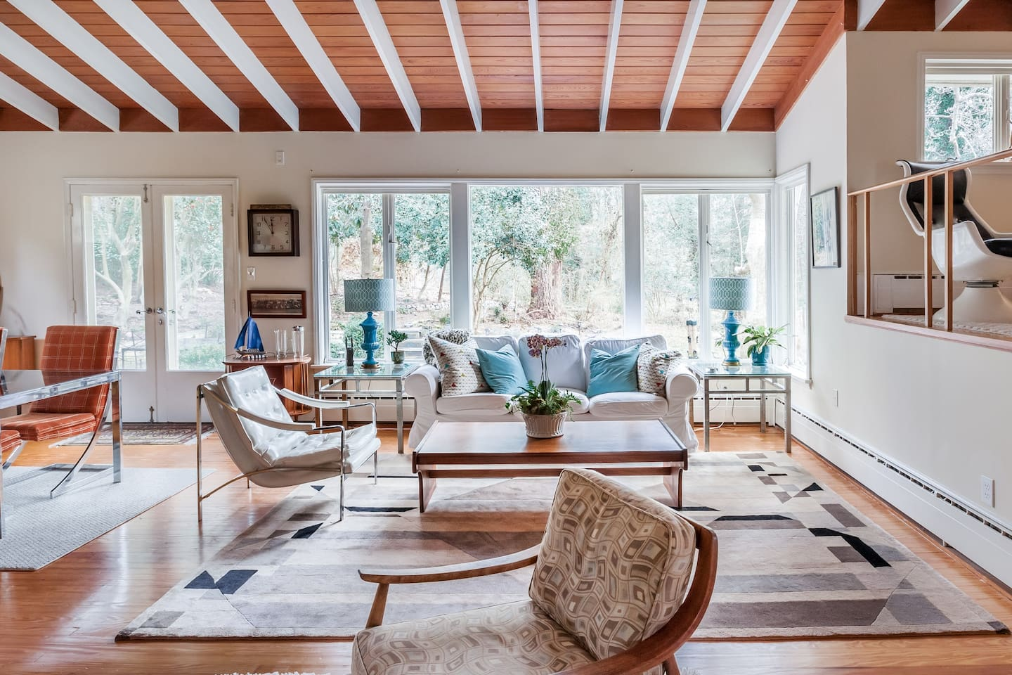 Luxurious Mid Century Time Capsule with Hot Tub