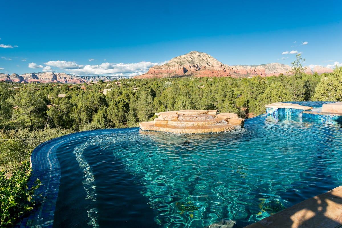 Luxury Sedona Airbnb with Pool
