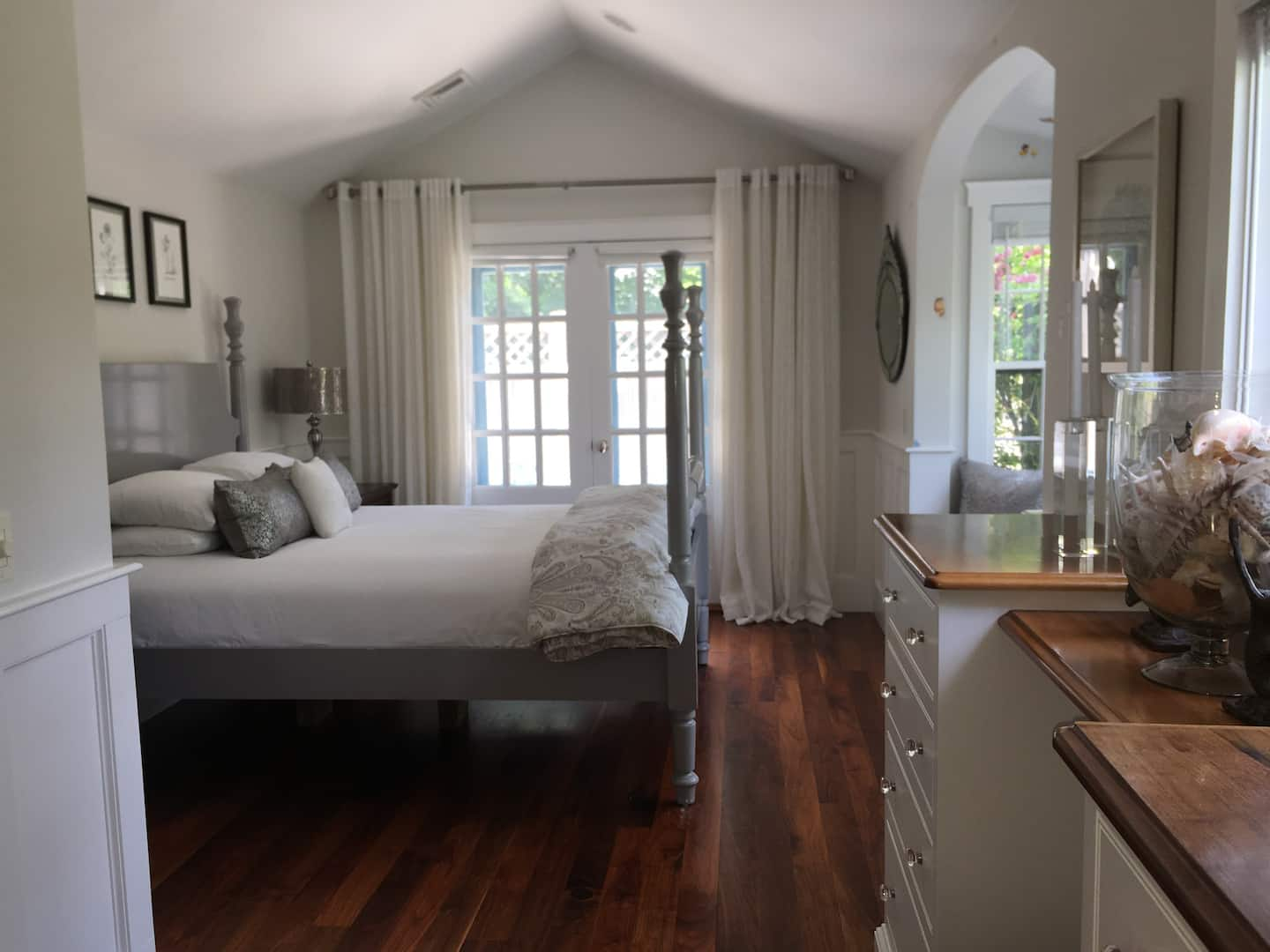 Nantucket Island Airbnb- Upon a Rock