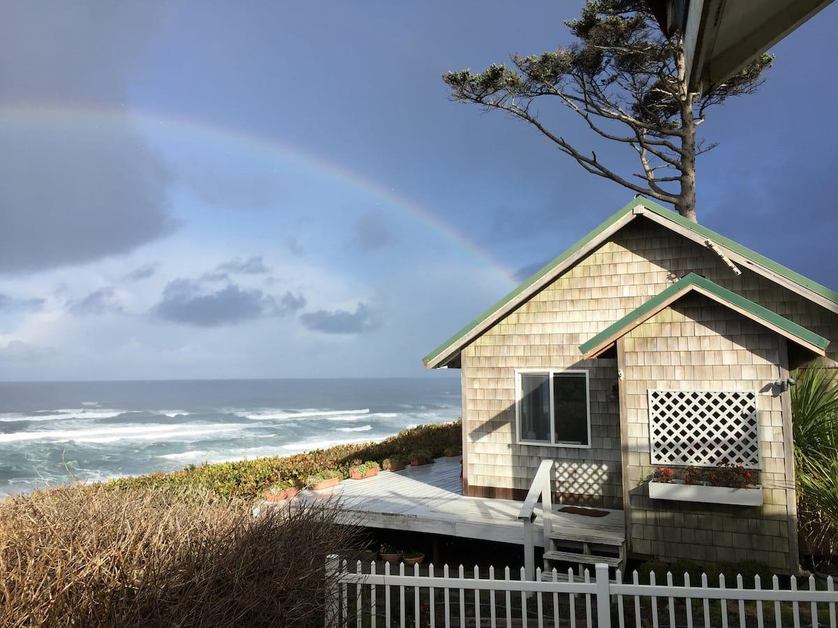 airbnb oregon coast Oceanfront in Newport