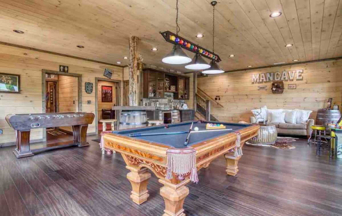 best airbnb in smoky mountains - man cave