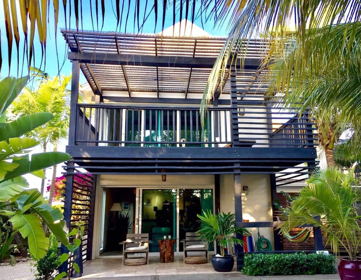 contemporary private villa airbnb turks and caicos