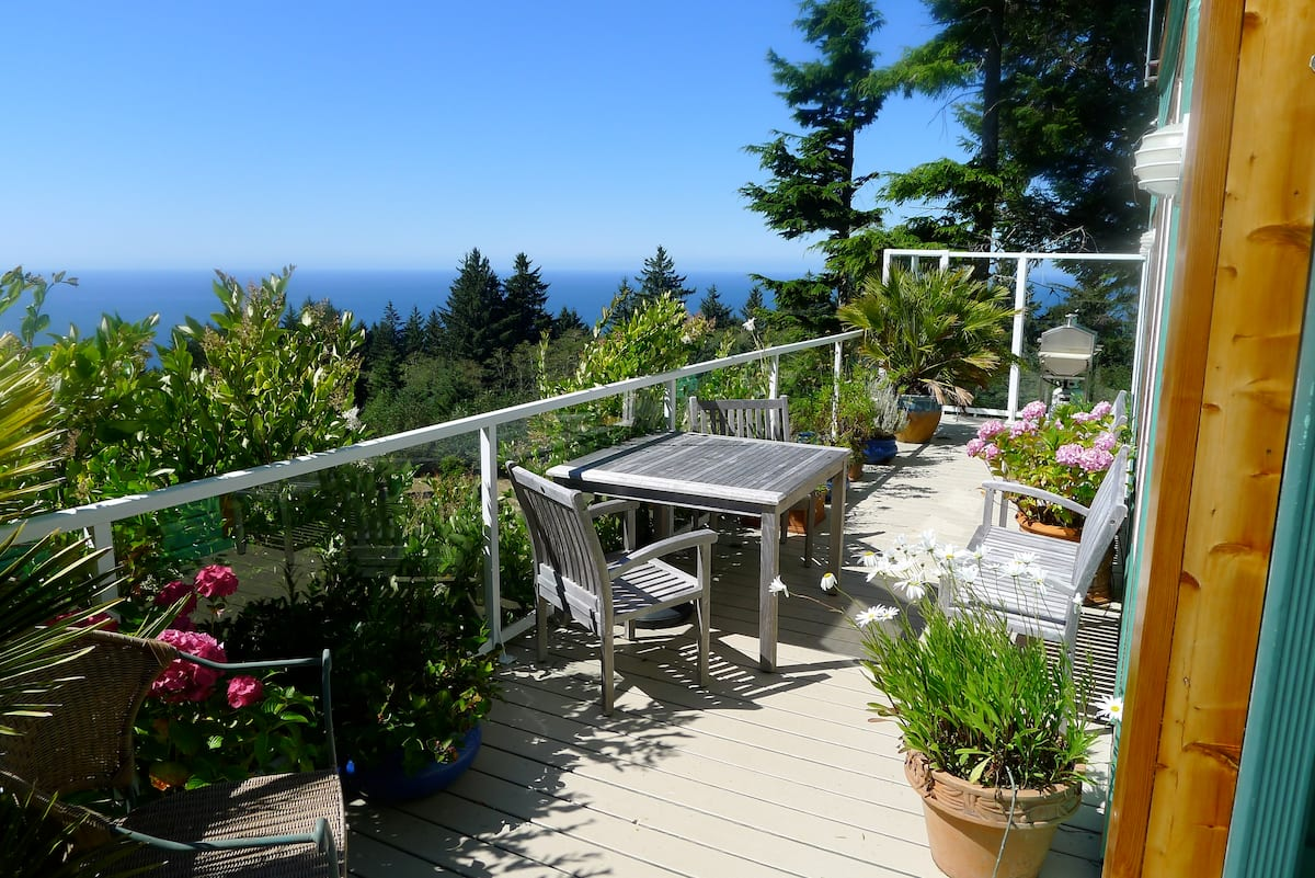 oregon coast airbnb ocean view retreat