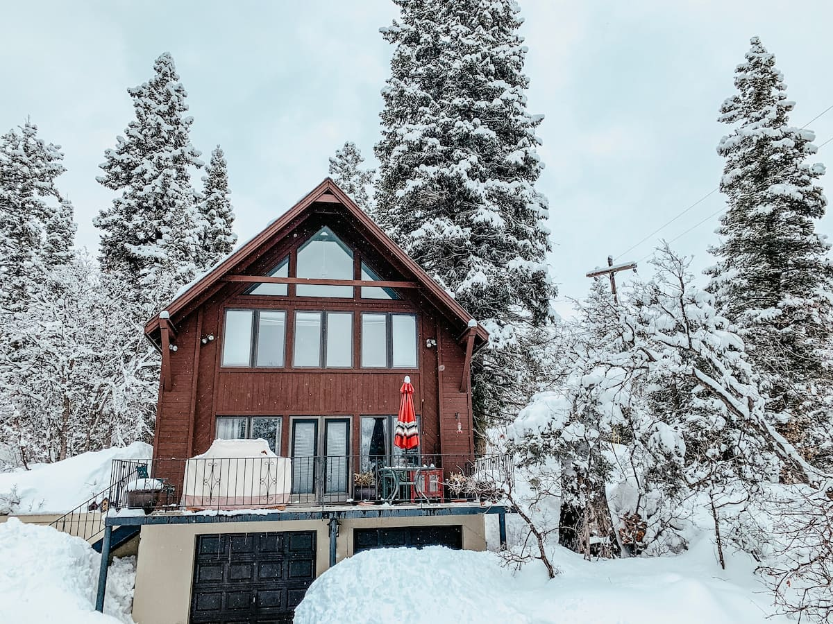 Best Airbnb Utah Cabin Winter