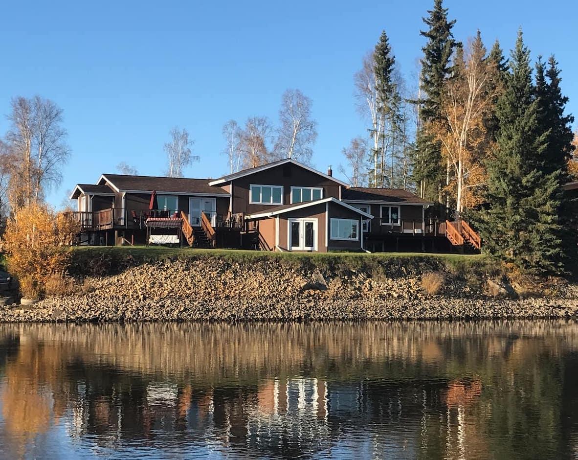 Best Airbnbs in Alaska