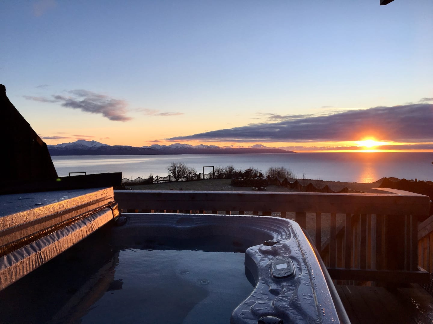 Best Alaska Airbnb with Jacuzzi