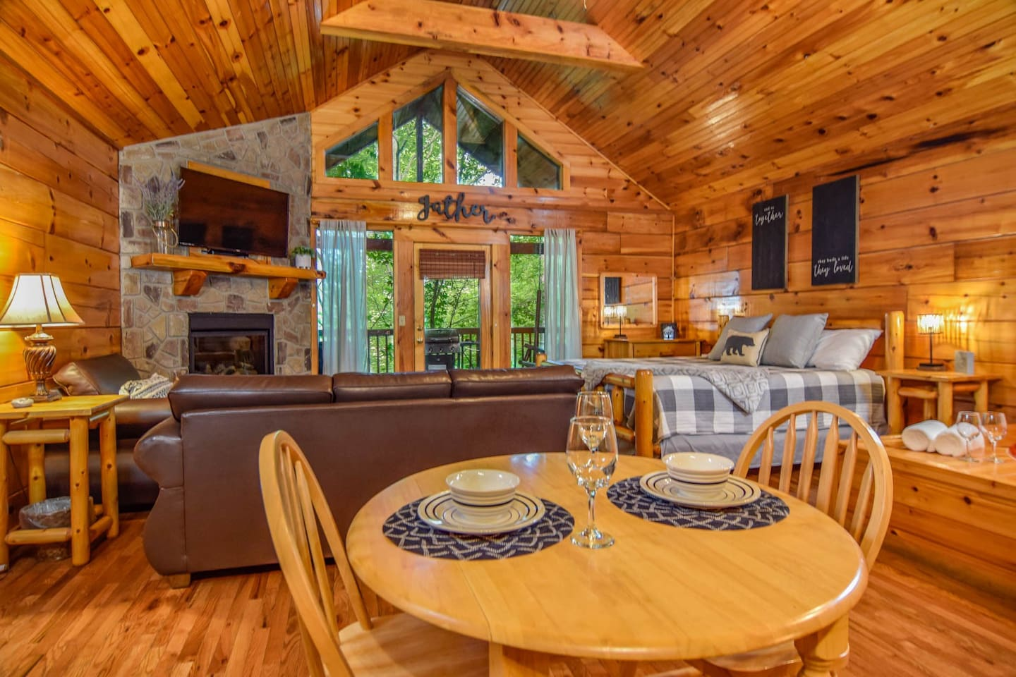 Best Smoky Mountain Airbnb for Two