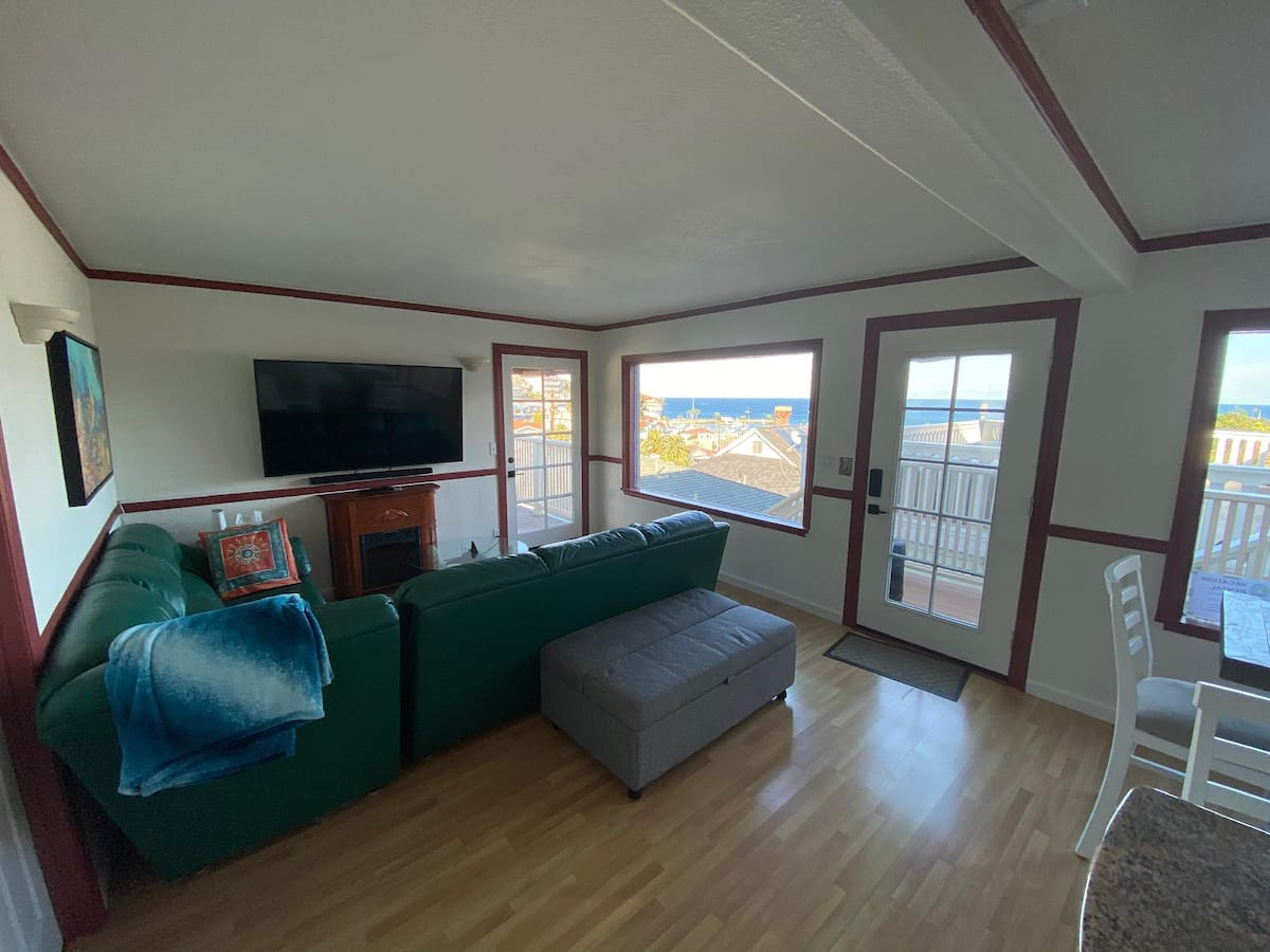 Catalina Two Bedroom View Home