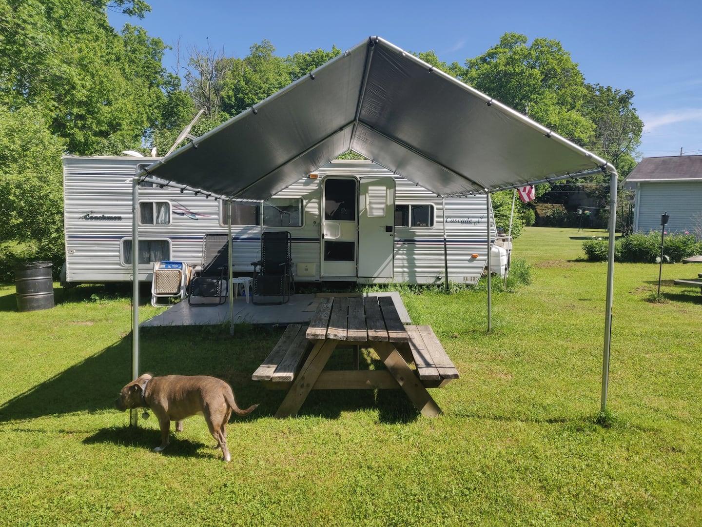 Cozy Coachmen Camper