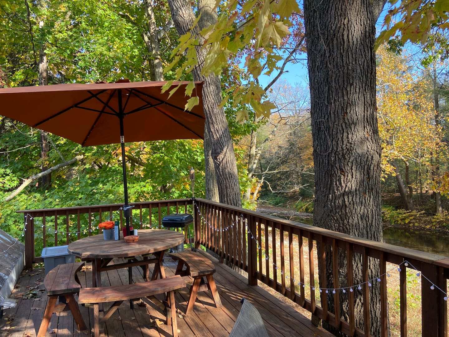 Glamping in PA Treehouse