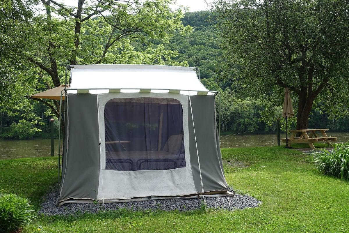 Kodiak Tent Glamping PA