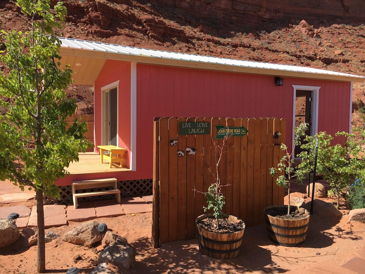 Red Cliff Cabin Utah Airbnb