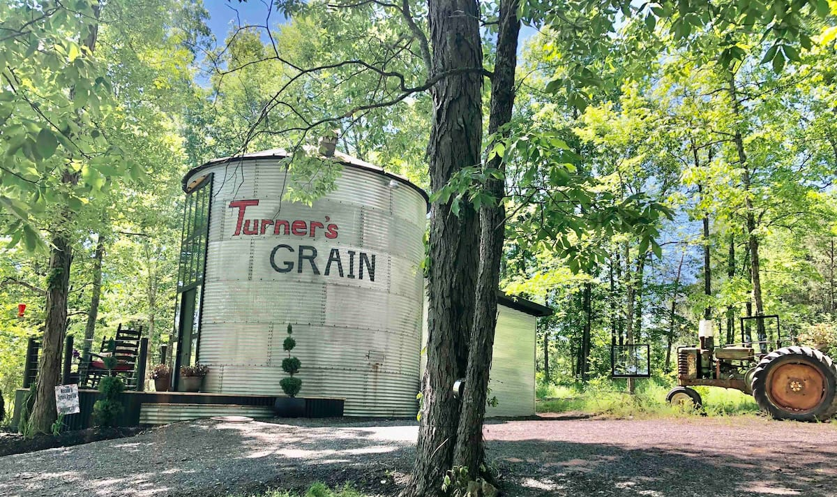 Silo Airbnb Tennessee Glamping