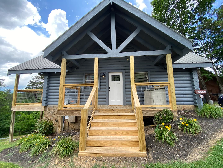 Sweet Studio Cabin - Pigeon Forge Airbnb