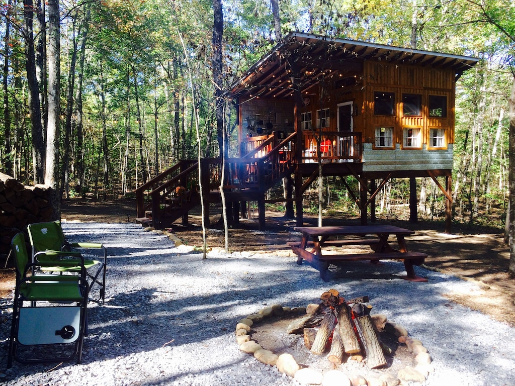 Tennessee Glamping at Deer Park