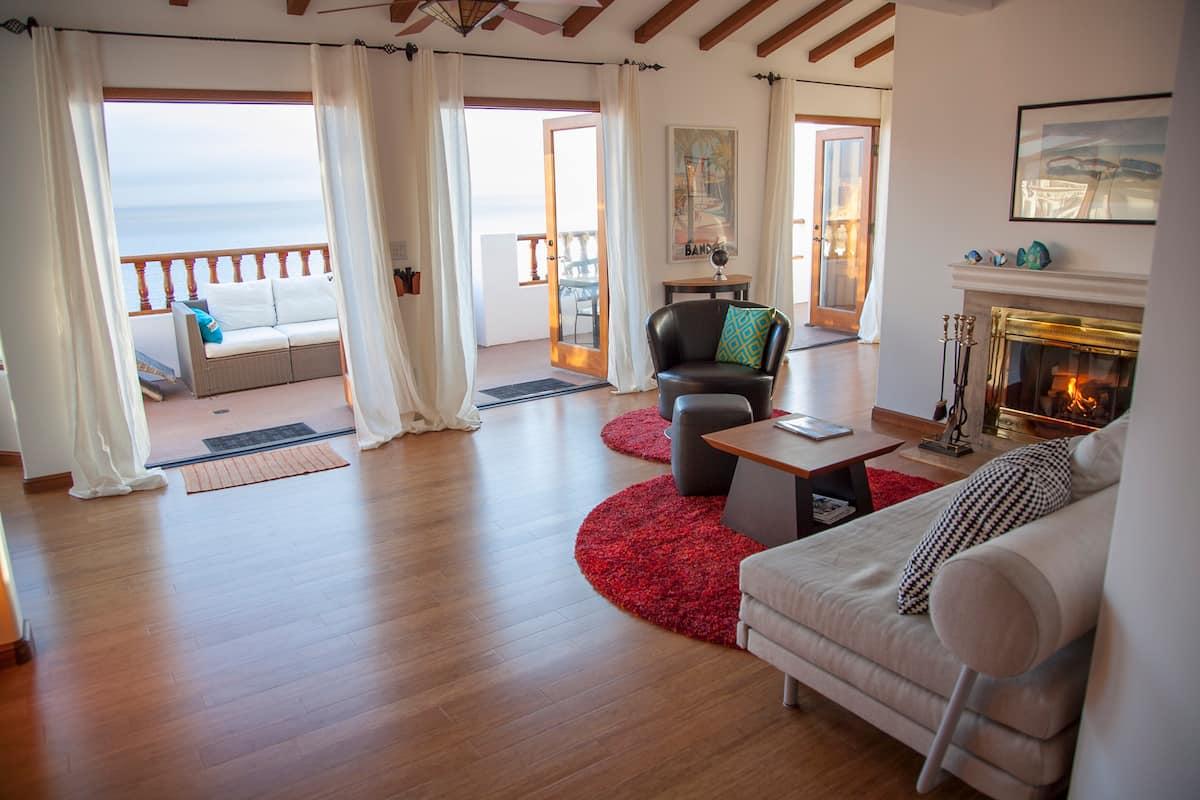 The Big Blue - Airbnb in Catalina Island California