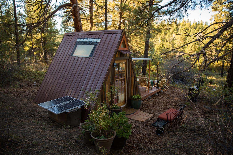 Unique-Airbnb-Utah-Cabin
