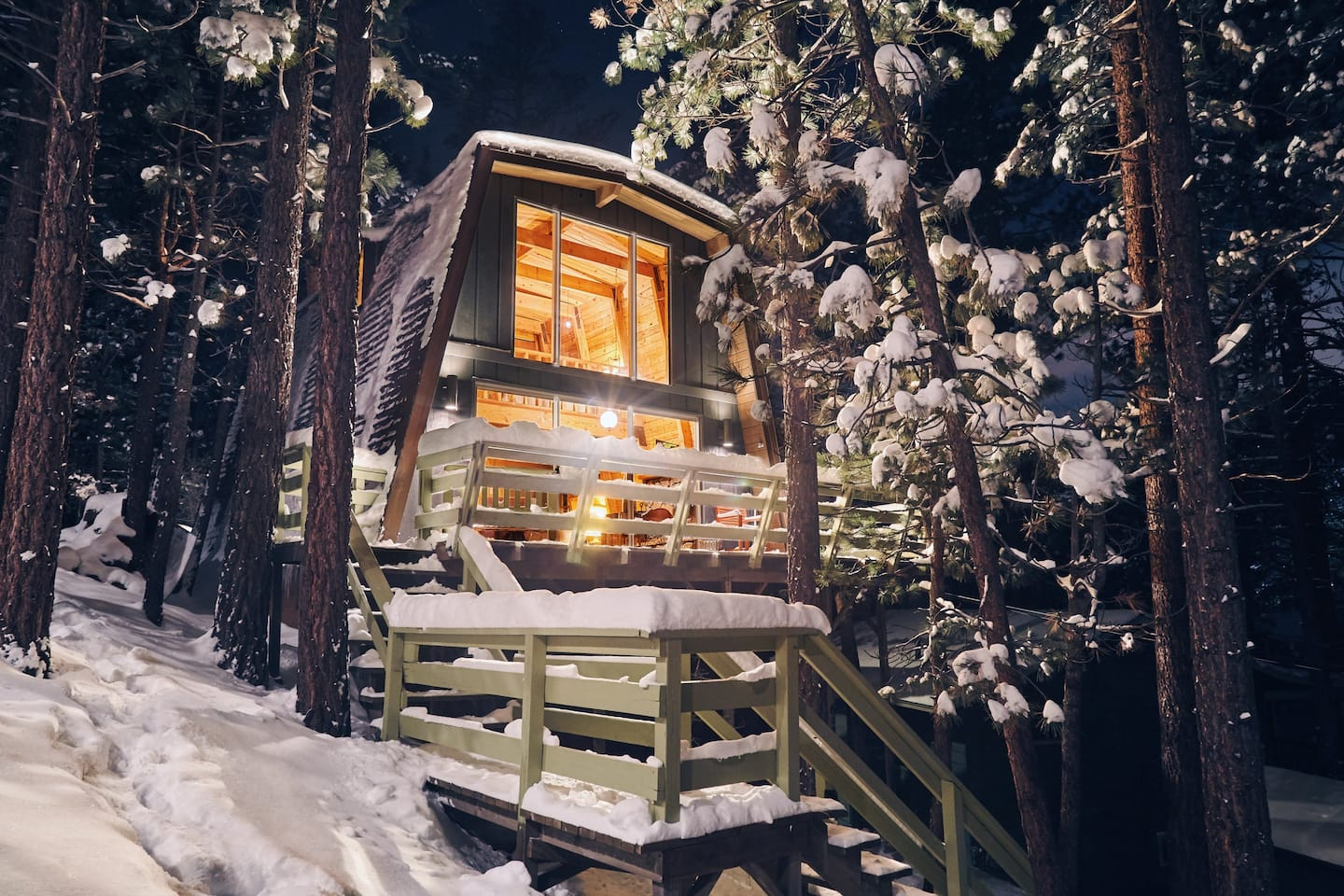 Airbnb Big Bear Treehouse