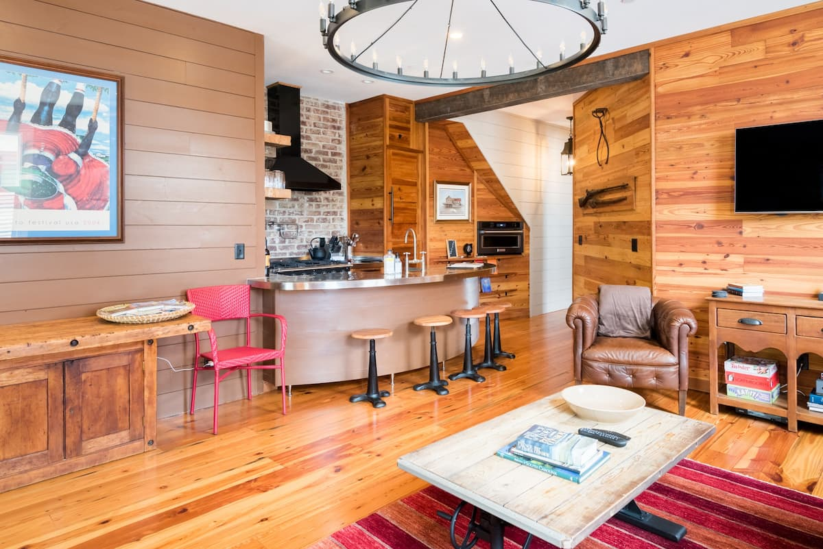 Best Airbnb in Downtown Charleston South Carolina