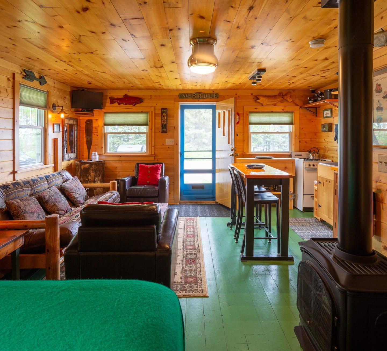 Minnesota Airbnb Cabin