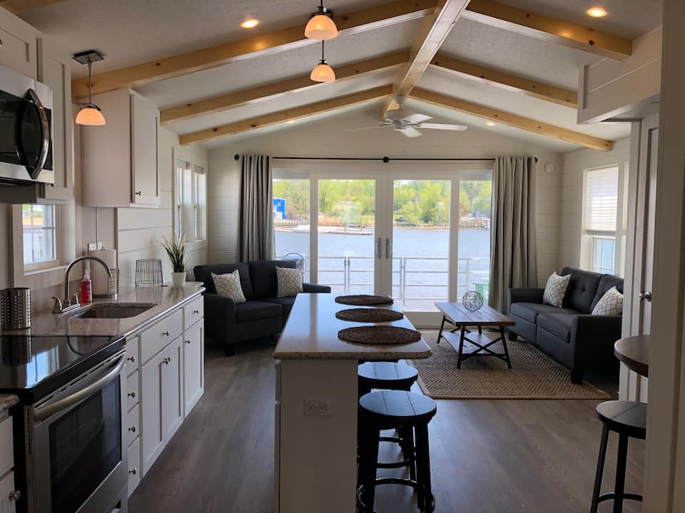 Unique Annapolis Airbnb