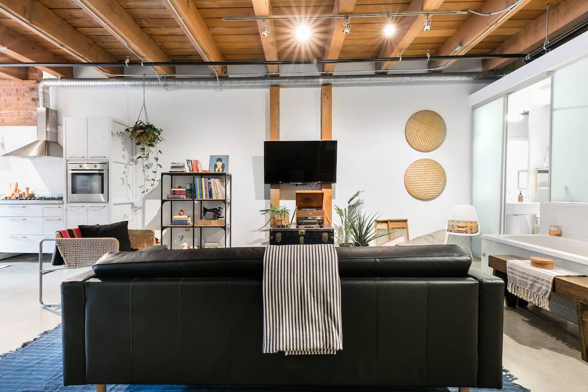 Warehouse Loft Conversion in Gastown Airbnb in Vancouver