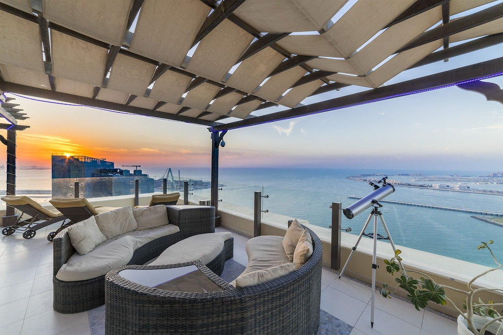 dubai luxury penthouse sea view