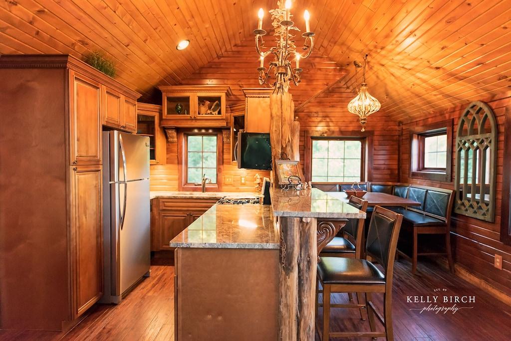 minneapolis minnesota luxury treehouse rental kitchen