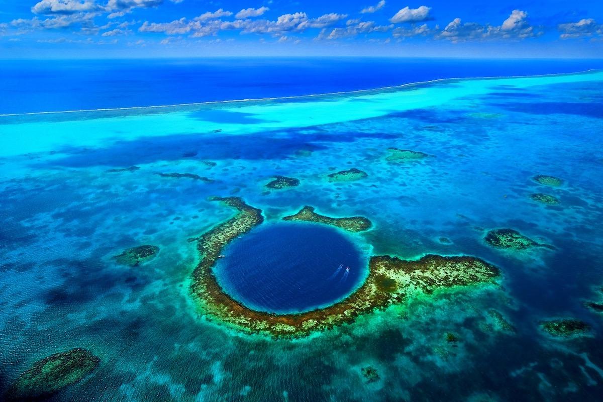 Great Blue Hole, Belize.