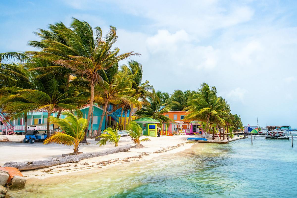 Best Airbnbs In Belize 13 Stunning Villas Beachfront Rentals