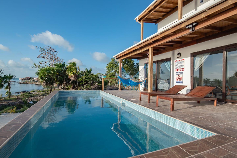Best Luxury Airbnb in Belize
