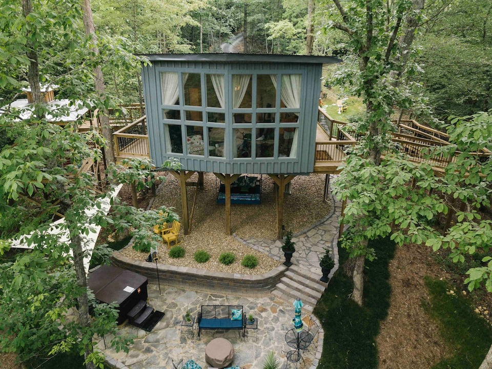 Unique Airbnb Tennessee