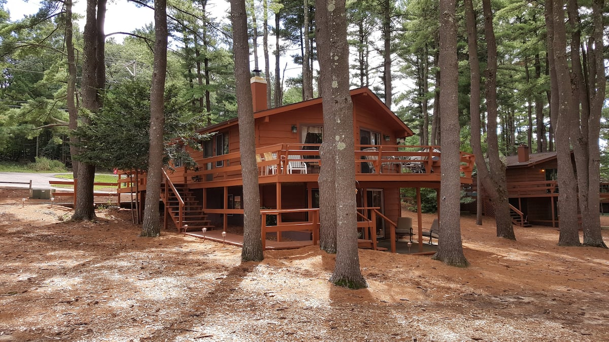 Wisconsin Dells Cabin Airbnb