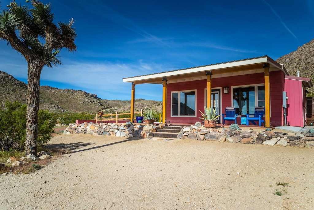 joshua tree vacation cabin rental for couples